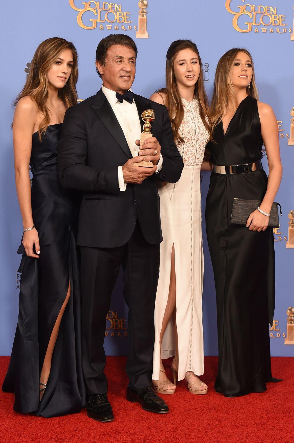 Силвестър Сталоун в компанията на дъщерите си.