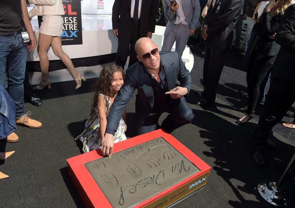 Вин Дизел и дъщеря му.