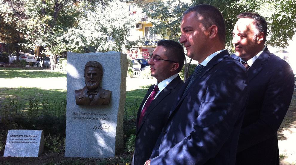 Министър Нанков: На българските шофьори им трябва повече култура