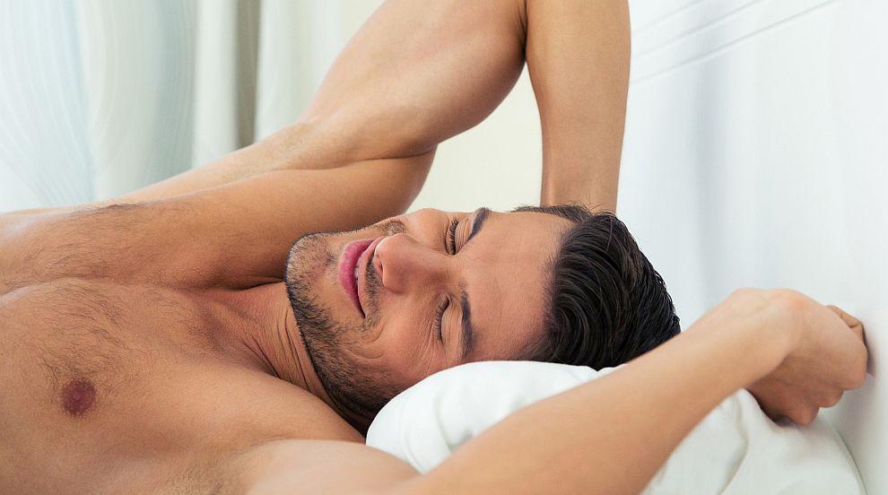 Определиха колко продължава идеалният сън за мъжете