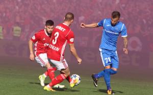 Пълен обрат за ЦСКА, води на Левски, следи на живо с GONG.BG