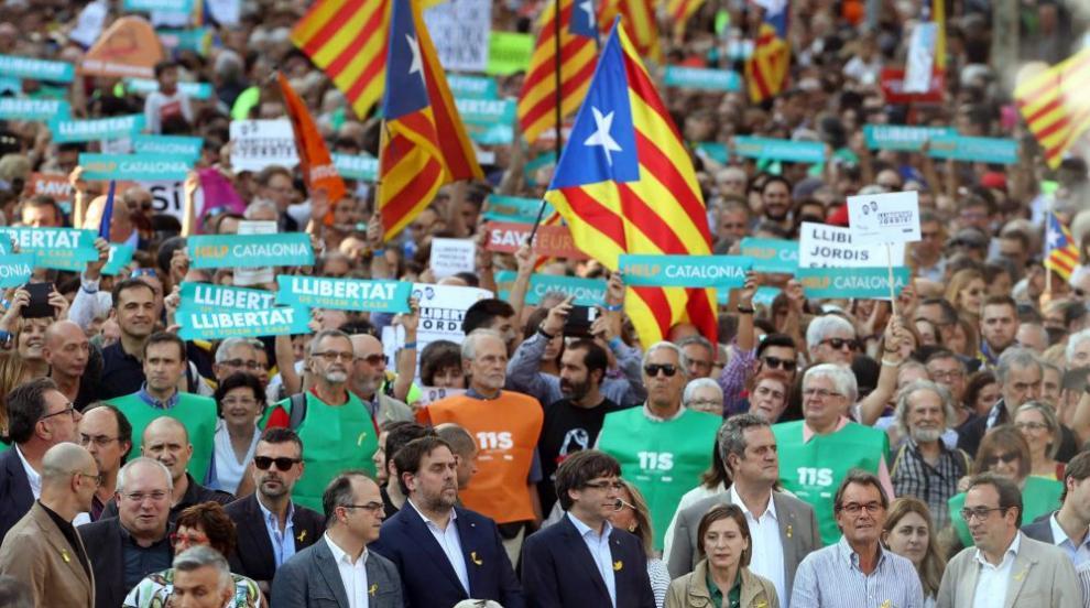 Многохиляден протест в Барселона