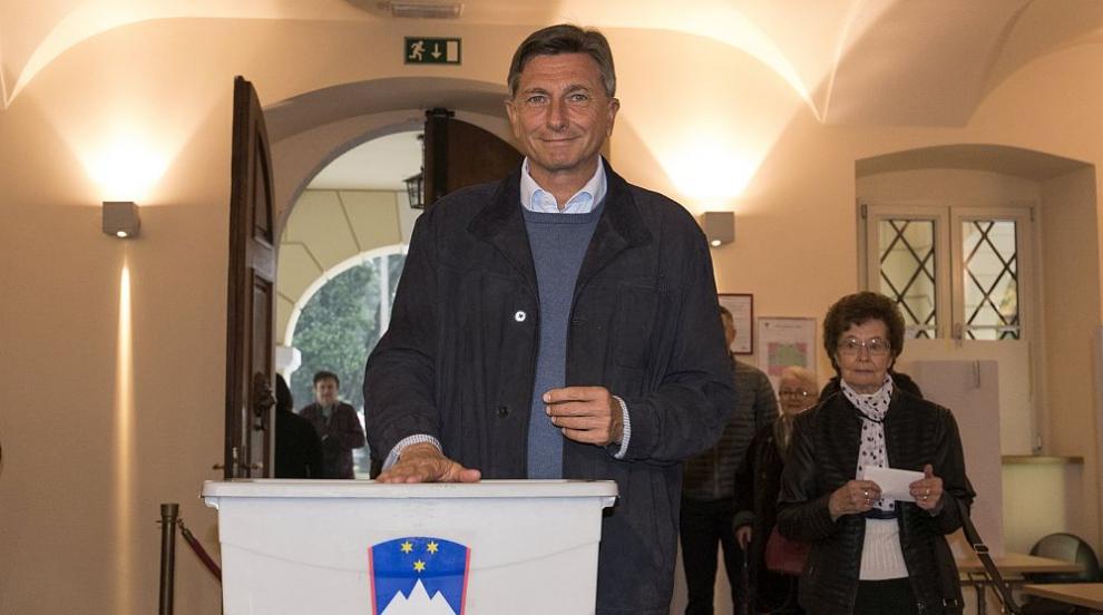 Президентът на Словения Борут Пахор печели втори петгодишен президентски...