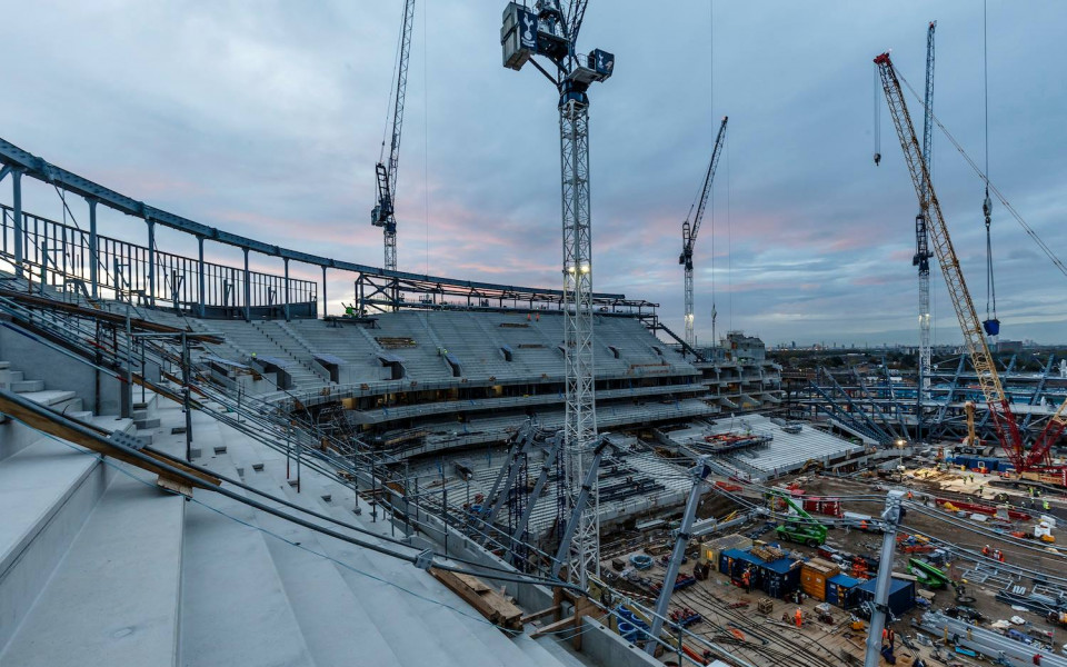 Разрешиха на Тотнъм да увеличи капацитета на новия си стадион