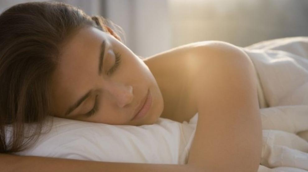 Повече сън през почивните дни намалява риска от ранна смърт
