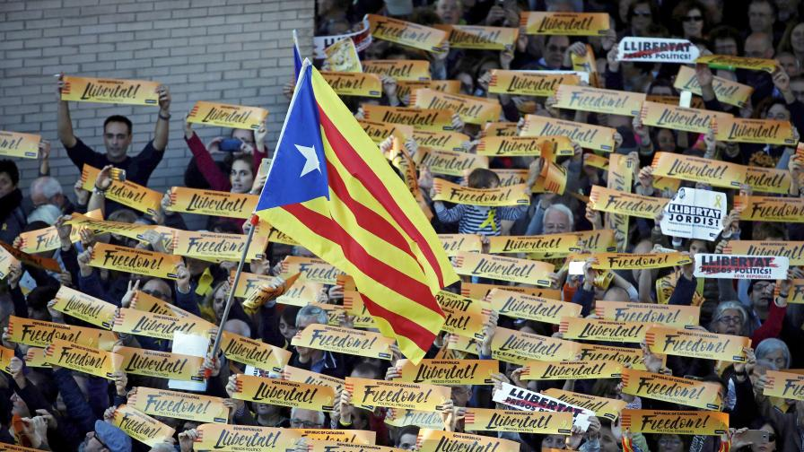 750 000 протестират в Барселона (ВИДЕО)