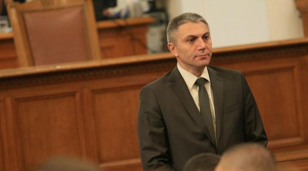 Карадайъ: Борисов и Нинова са се договорили за партийна субсидия от 8 лева