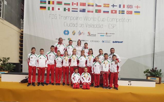 България с 15 състезатели на световното първенство по скокове на батут при младежите и девойките