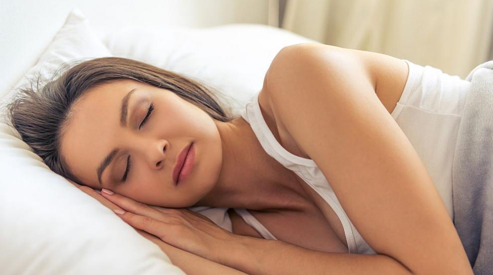 Вижте храните, които помагат за здрав сън