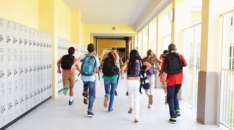 МОН разпореди проверка на всички училища заради ученици фантоми