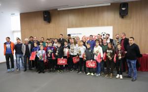 14 момчета и 3 момичета с награди от Децата и футболът