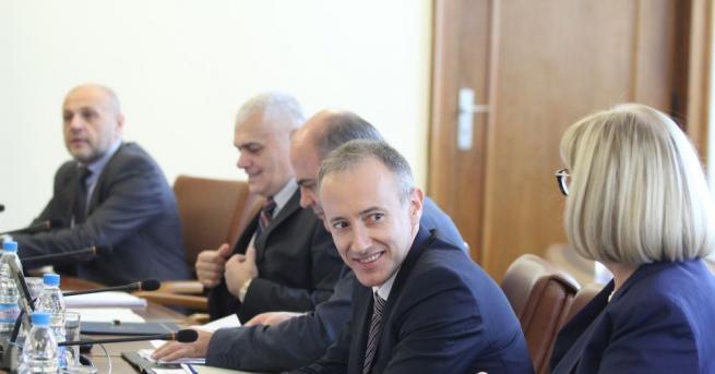 Министерският съвет одобри допълнителни трансфери в размер на 12 260