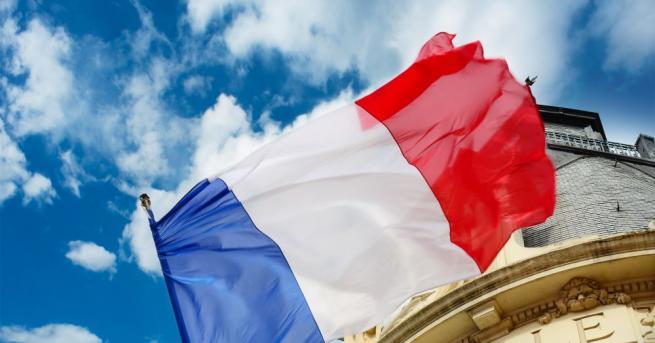 Франция забрани използването на неутрален по род език в официалните