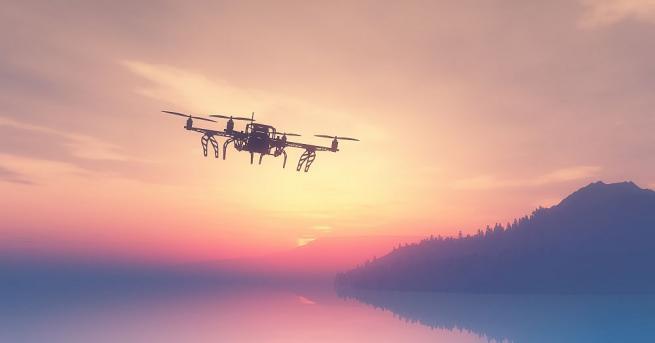 Експерт: Законодателна пропаст зее за дроновете, пилотите да се лицензиратИнтервю