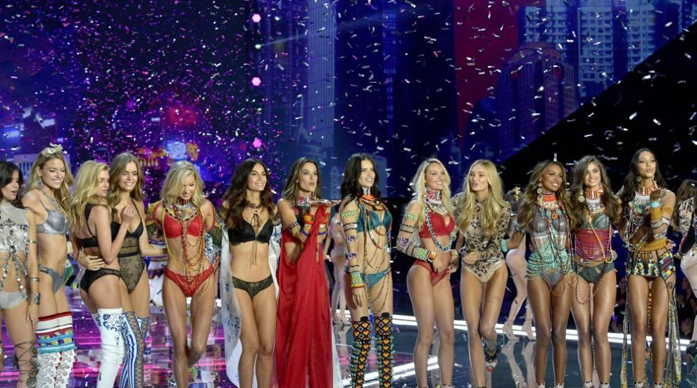Чиста красота: Вижте ангелите на Victoria's Secret без грим (СНИМКИ)