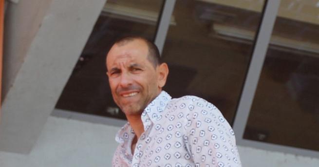 Футболистът Мартин Петров се изправи в съдебна битка с банка.