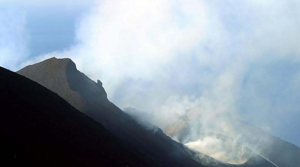 В Исландия с план за евакуация заради сеизмична активност до най-големия...