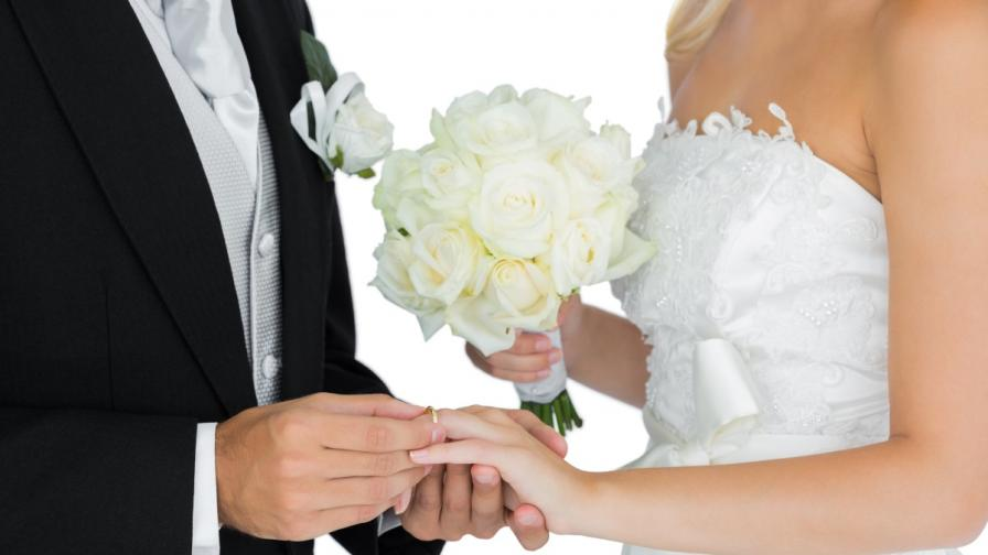 Бракът може да ви подлудява, но пази от деменция
