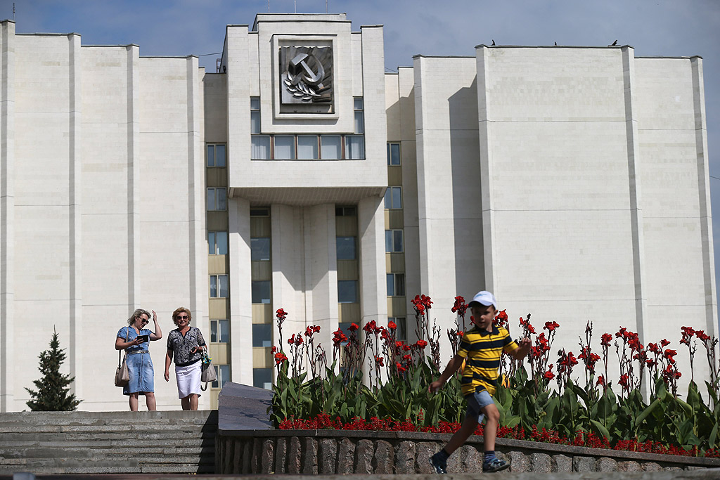 Саранск e град в Русия, столица на Република Мордовия. Населението му е 326 100 души през 2012 година