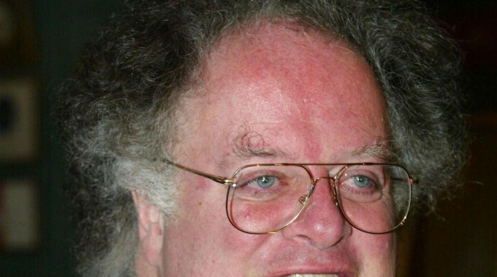 Метрополитън показа вратата на диригента Джеймс Ливайн след секс...