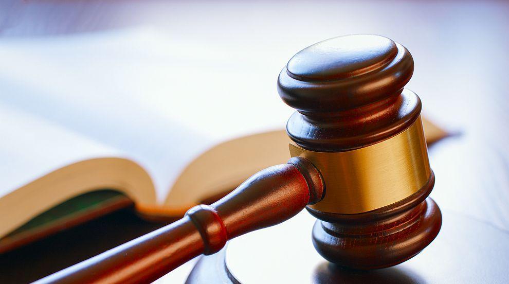 Как непризнаването на брака между две български води до правни абсурди?