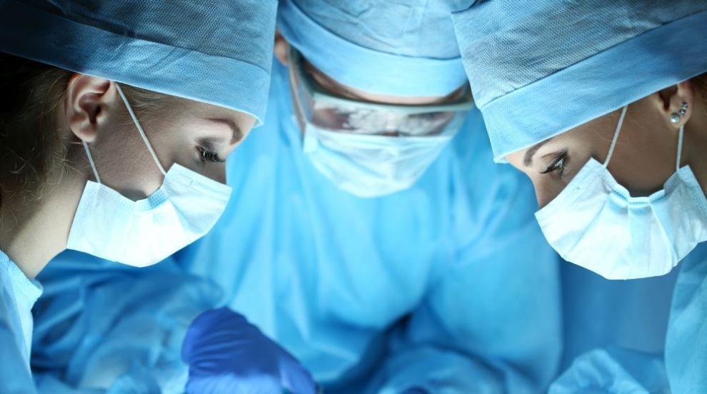 Уникална операция даде шанс за по-добър живот на 14-годишно момче