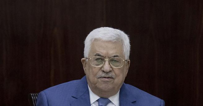 Палестинският президент Махмуд Абас е постъпил снощи в болница с