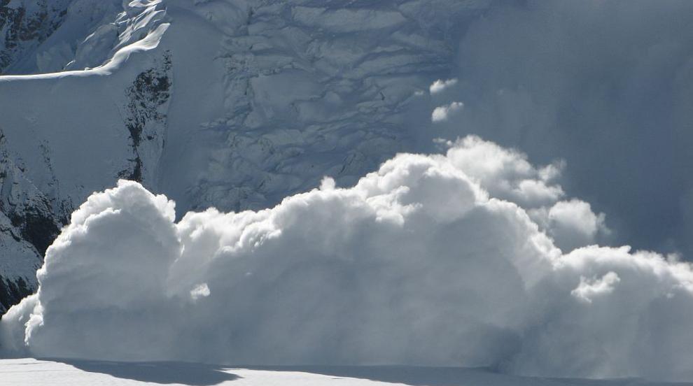 Лавина уби френски скиор в Япония