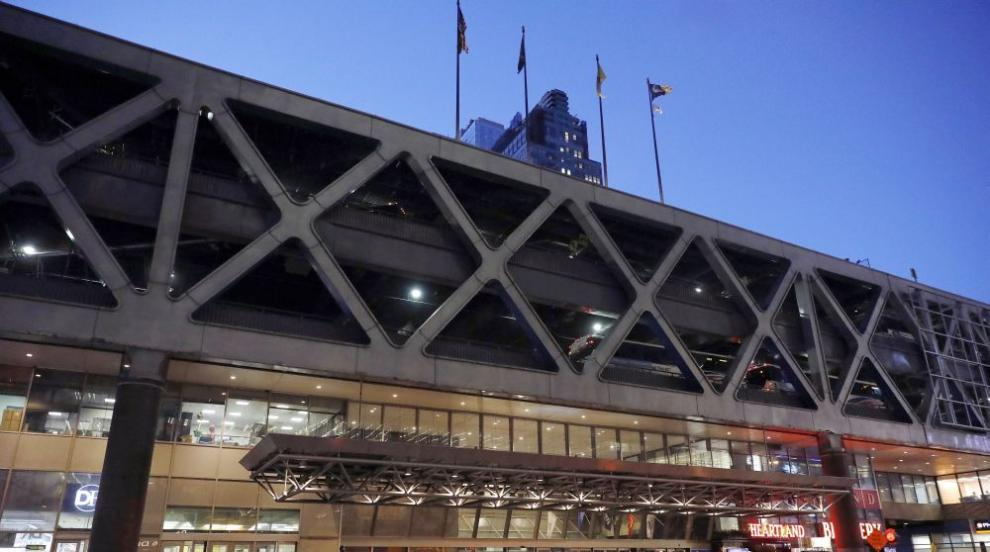 Атентатор взриви самоделна бомба на автобусна гара в Манхатън (ВИДЕО/СНИМКИ)