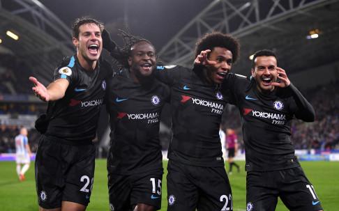 Челси изми срама с победа над новака Хъдърсфийлд