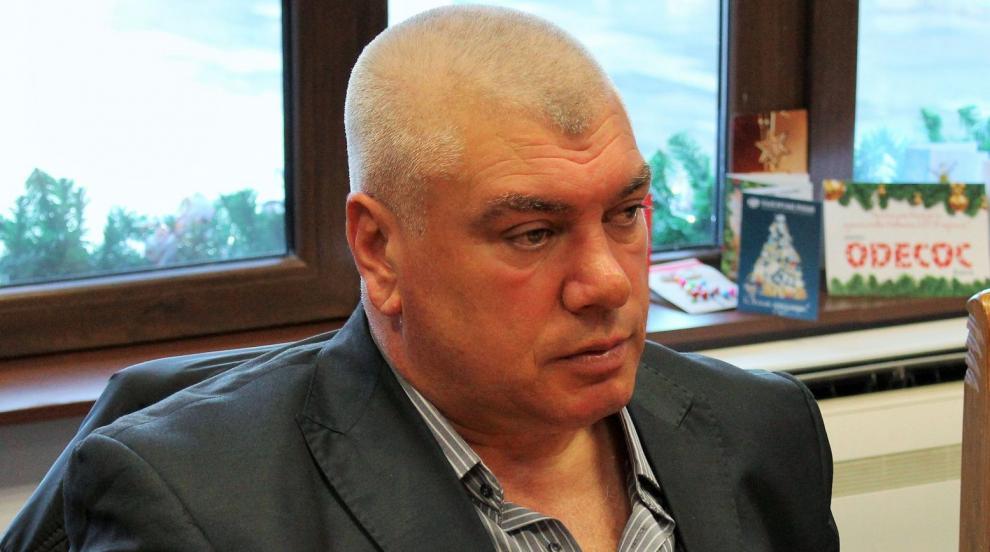 Единственият българин, победил Кличко, стана зам.-кмет на Тетевен