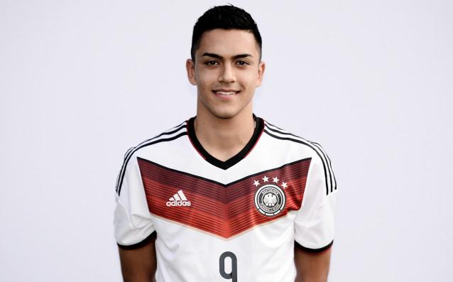Три английски отбора в надпревара за младежки национал на Германия