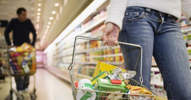 Хванаха млада жена, откраднала хранителни стоки от магазин в Габрово,