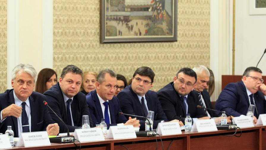 Няма масово и незаконно подслушване в България