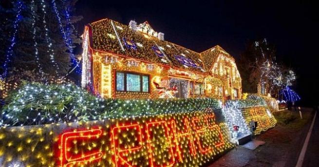 От незапомнени времена милиони хора по света отбелязват Коледа. Корените