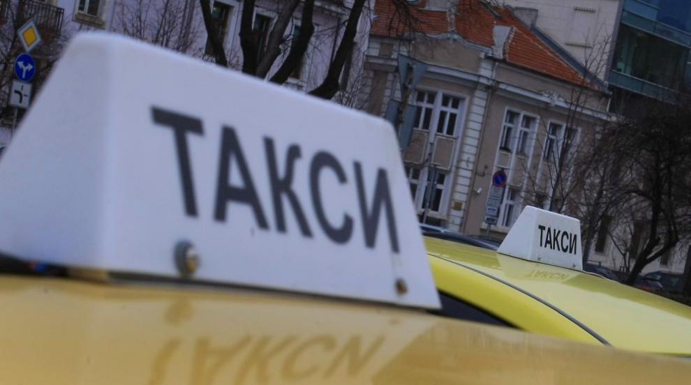 Таксиджии се биха в центъра на Хасково