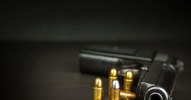 49-годишен от Червен бряг се самопростреля с пистолет в главата.