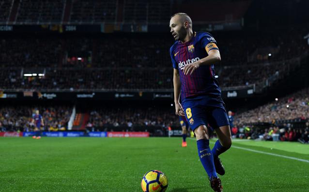 Капитанът на Барселона Андрес Иниеста може да напусне клуба, ако