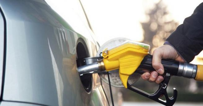 Бензинът поскъпна. За един месец цената на най-масовото гориво -
