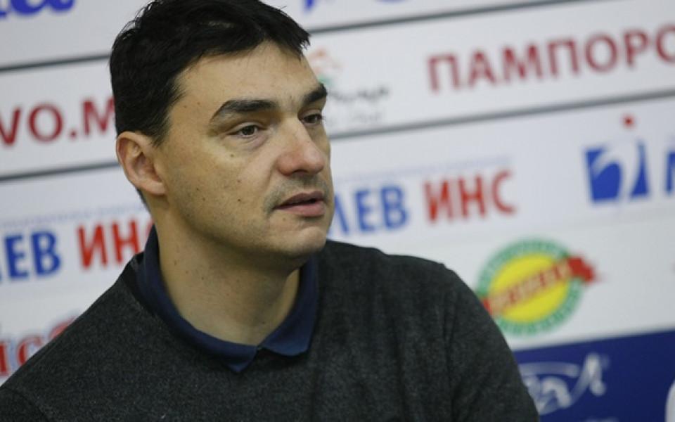 Владо Николов за евентуален контакт на Лукойл с ВК Левски: Без коментар
