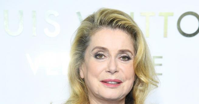 Звездата на френското и световното кино Катрин Деньов беше почетена