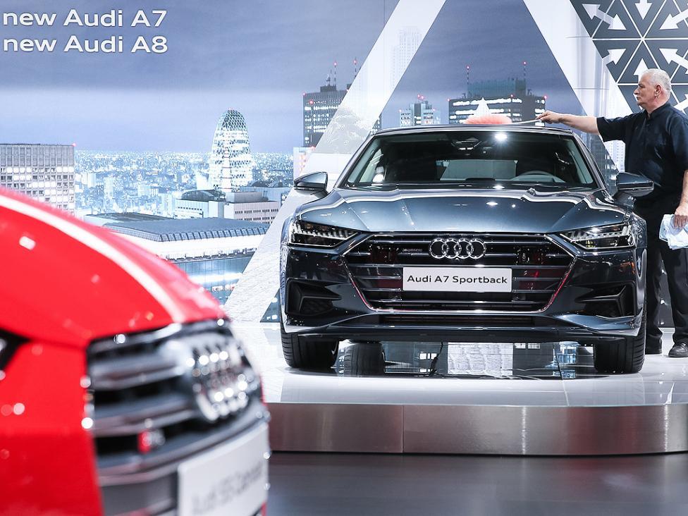 - Audi A7 Sportback