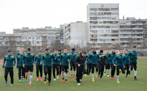 Черно море в Турция с група от 23 футболисти