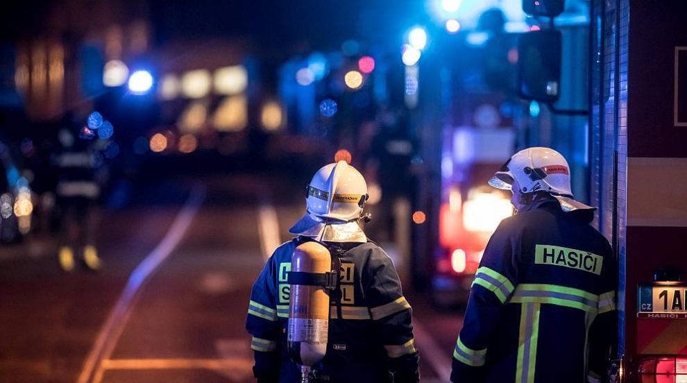 Две жертви при пожар в хотел в Прага (ВИДЕО)