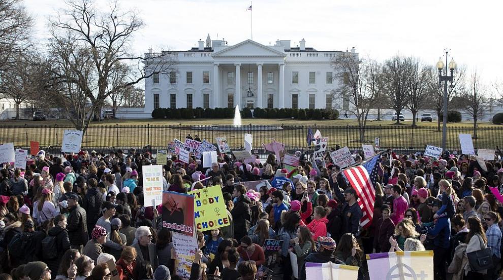 Хиляди на протести в САЩ година след влизането на Тръмп в Белия дом (ВИДЕО)