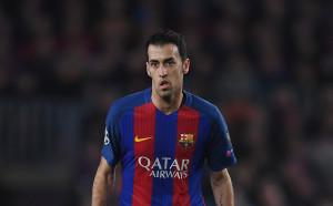 Барселона подновява договора на Бускетс