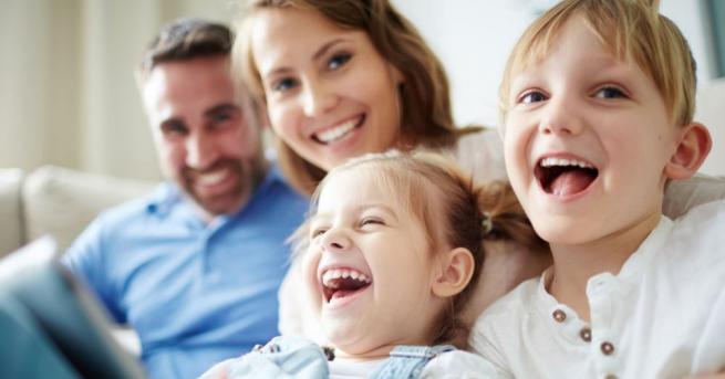 За нормален живот на четиричленно домакинство - двама възрастни и