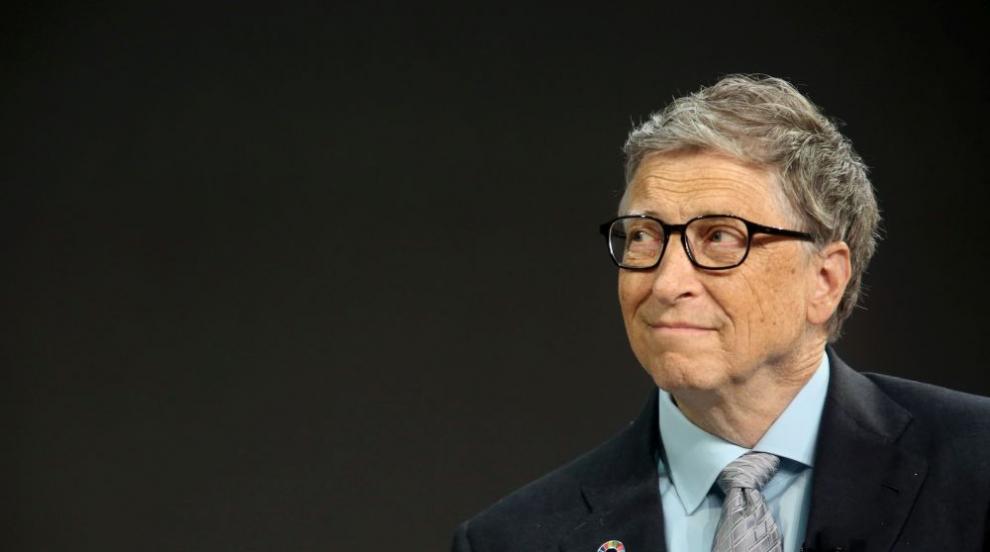 Бил Гейтс инвестира милиони в търсене на идеалната крава