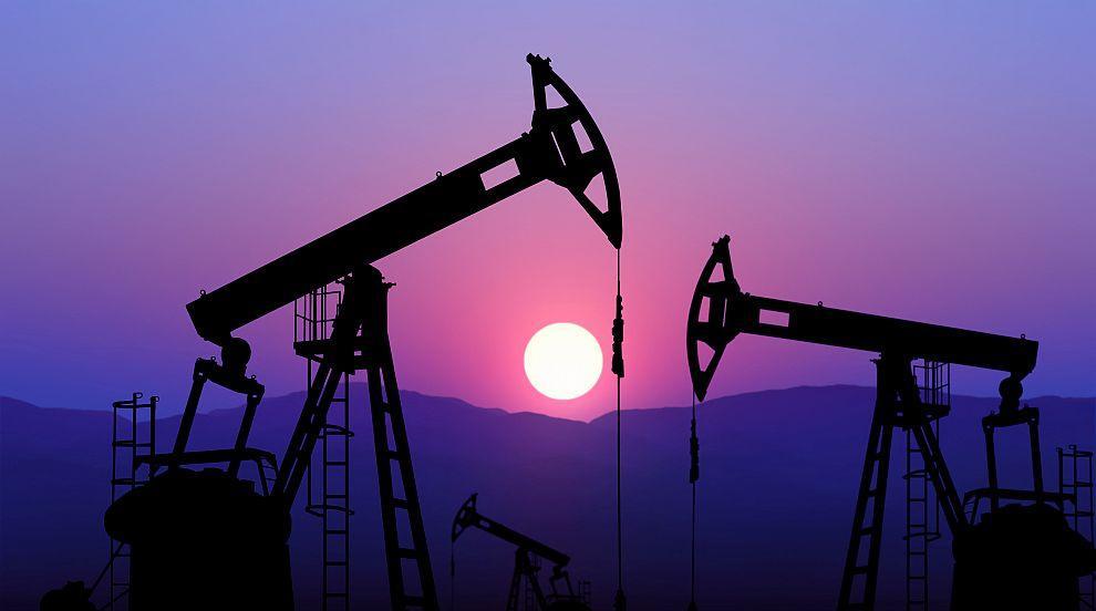 Експлозии разтърсиха две саудитски петролни инсталации (ВИДЕО)