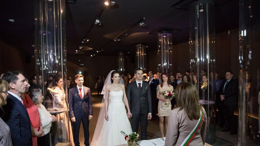 Уникална сватба в съкровищницата на Панагюрище